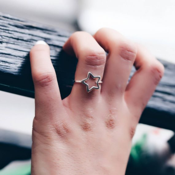 Silver hollow star ring